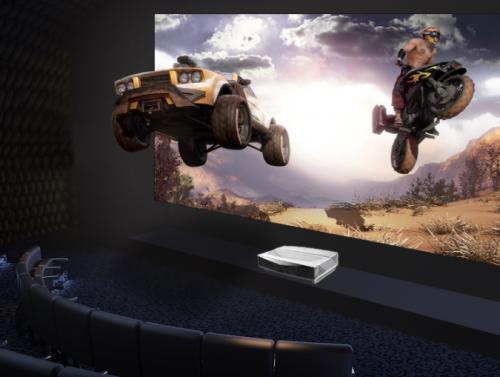 展现未来电视终极形态 华录4K激光电视新品登陆国美