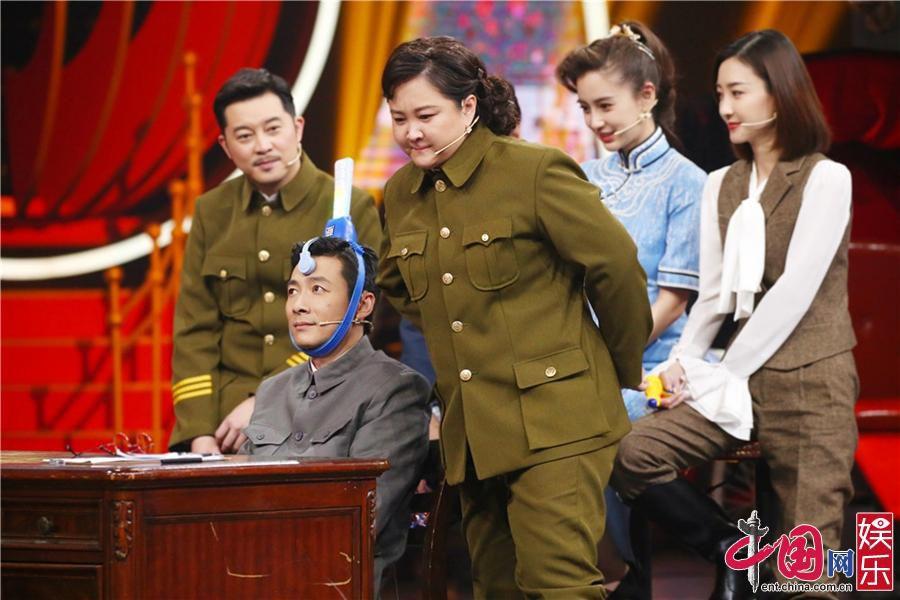 """沈腾华晨宇再现《无间道》 """"谍战大剧""""今晚开演"""