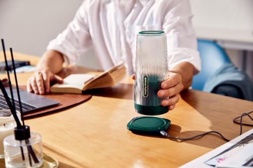 宋轶也在用的摩飞榨汁杯 时尚便携、无线充电