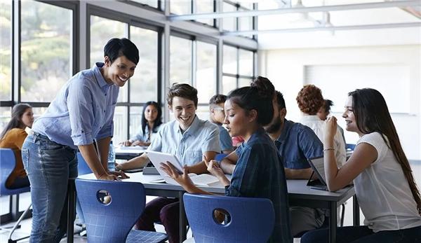 """IBM产业技能学院项目入驻华南理工大学,助推""""新工科""""建设"""