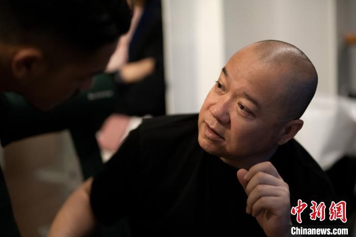 《三十而已》导演张晓波。受访者供图