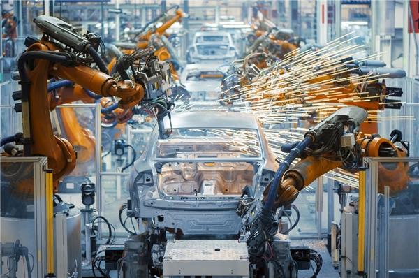 助力中国造车新实力 软通动力为汽车强国建设添砖加瓦