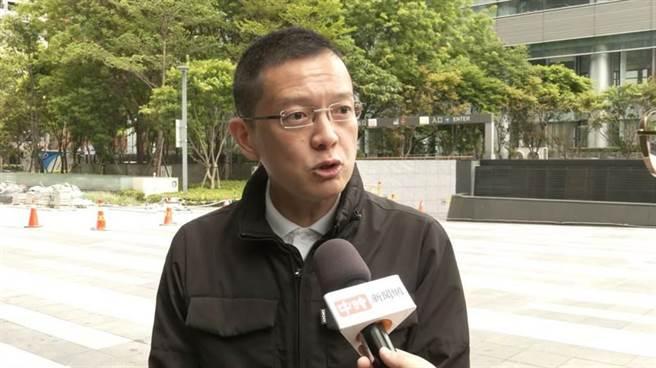 """蔡英文力推台产疫苗 前""""蓝委"""":剧本已写好 台湾人只能当白老鼠?"""