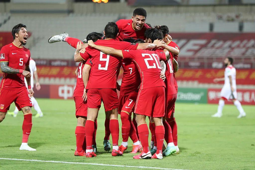 中国男足3-1叙利亚,顺利挺进12强  图片来源:视觉中国