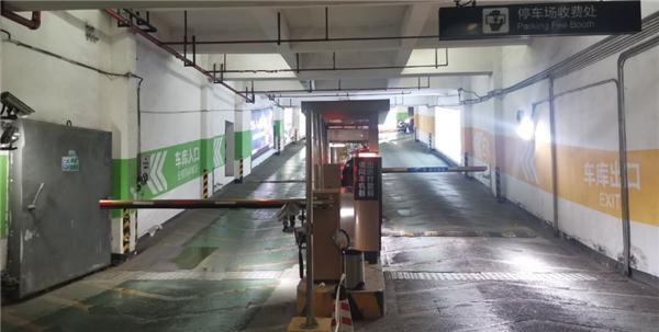 通观全局!银泰商业全国近100条车道已升级捷停车·云托管