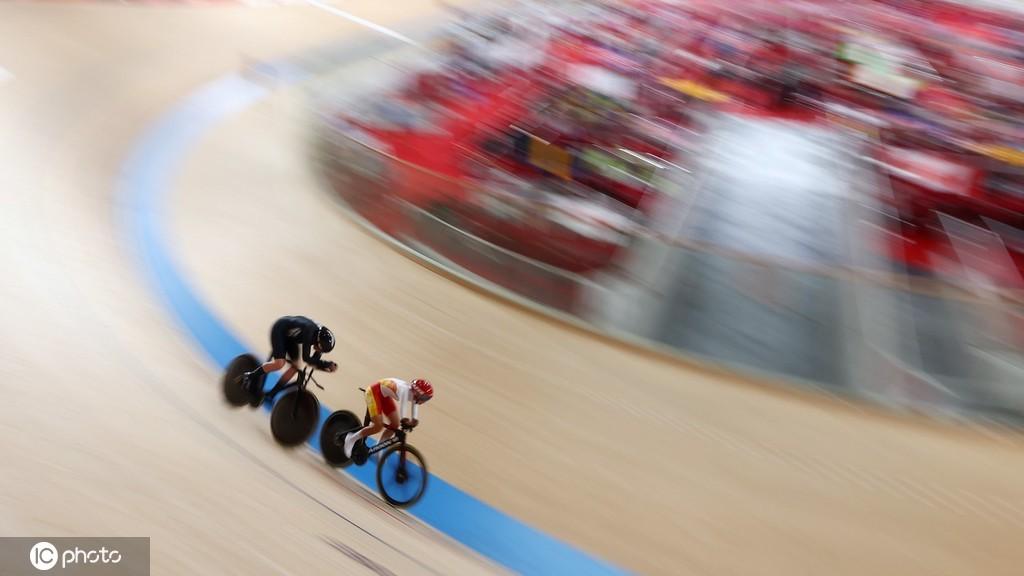 首枚奖牌!王小梅夺得场地自行车女子3公里个人追逐赛C1-3级银牌